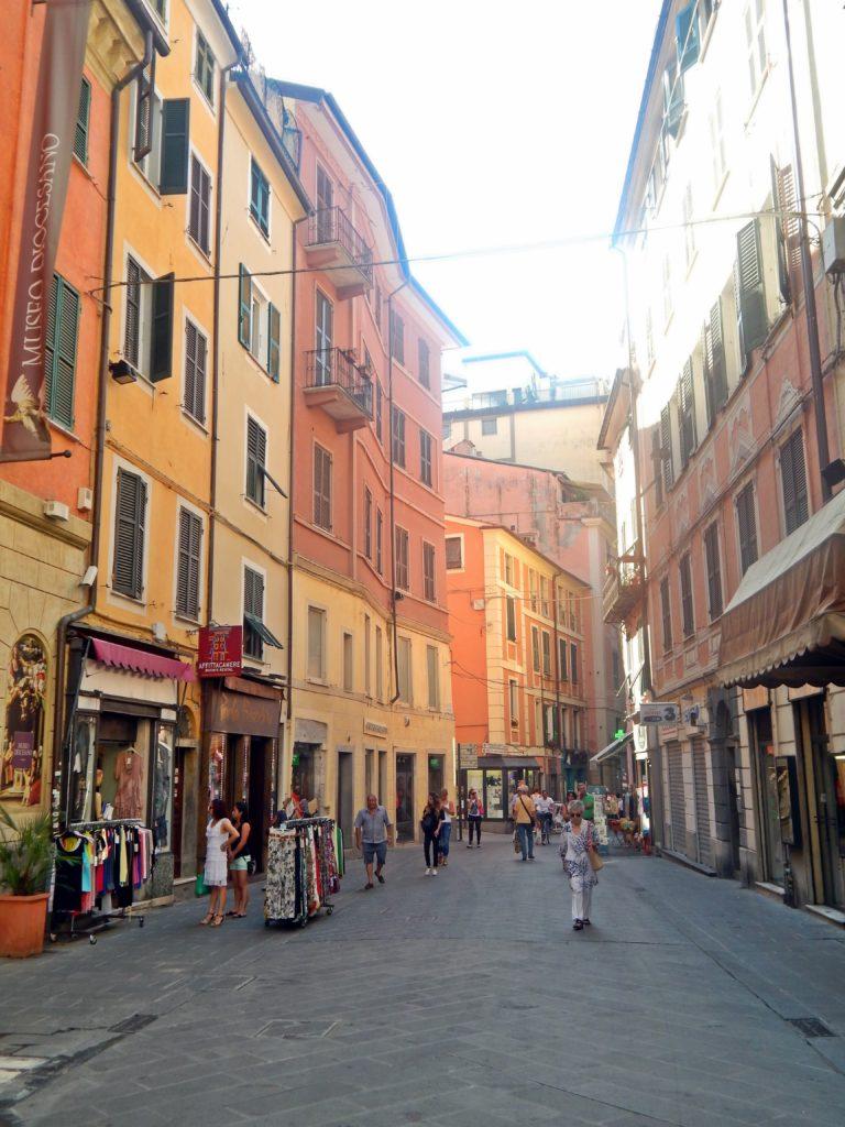 La Spezia nakupy
